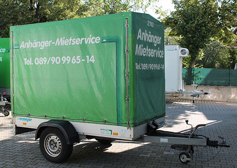 Single axle trailer with tarpaulin