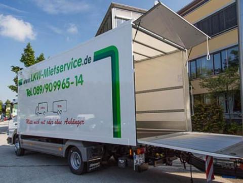 Box truck trailer