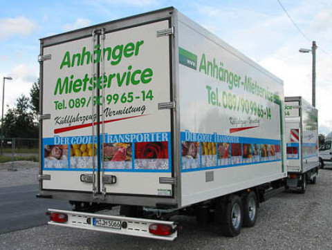 X4 - Truck freezer trailer with diesel refrigerator - rear exterior view